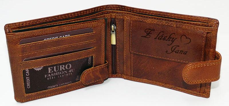 Peněženka s textem