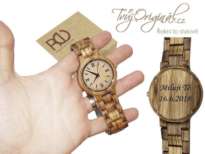Dřevěné hodinky s vlastním textem