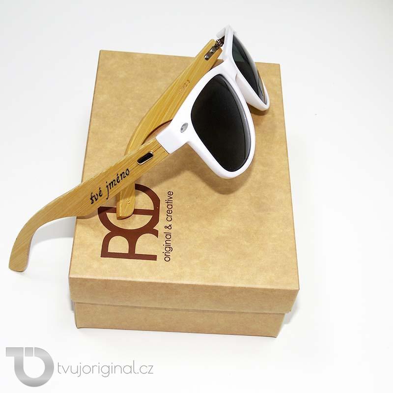 Bílé sluneční brýle BEORIGINAL bamboo s vlastním textem včetně dárkového balení