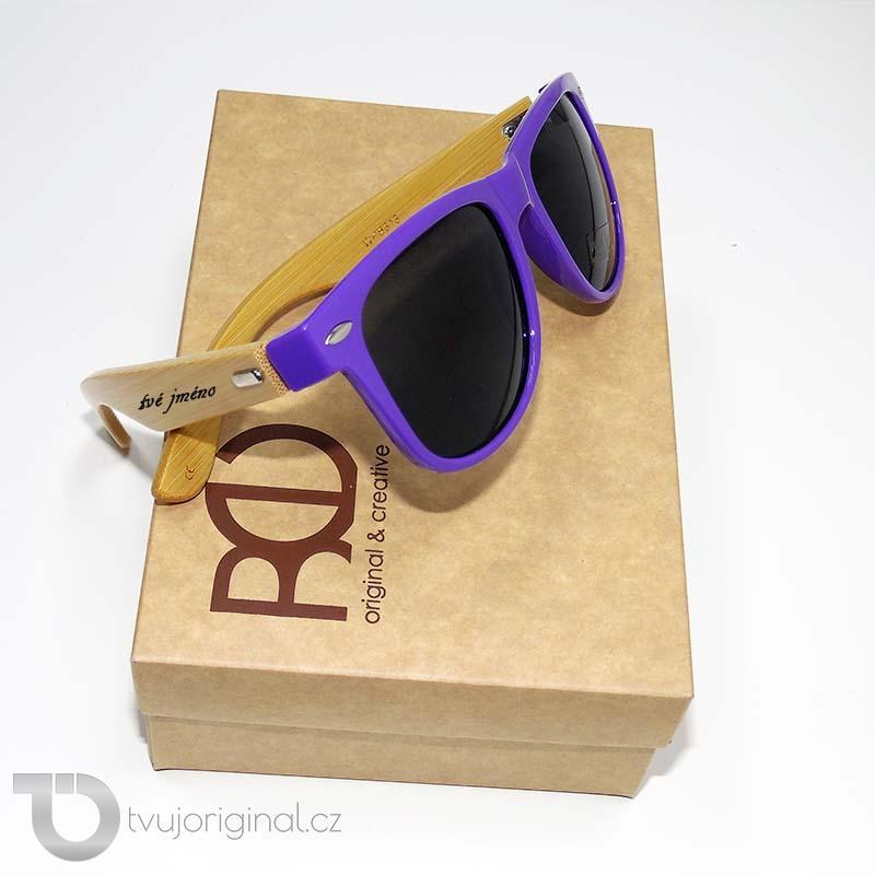 Fialové sluneční brýle BEORIGINAL bamboo s vlastním textem včetně dárkového balení